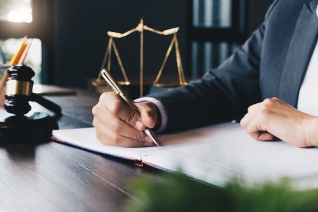 Retain a Trusted Van Nuys Criminal Defense Lawyer When Facing the Criminal Court Downtown